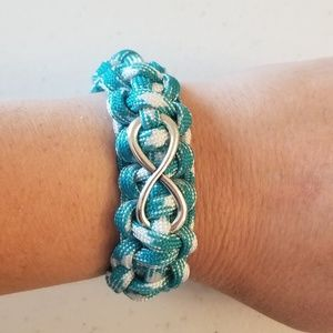 Handcrafted Infinity paracord bracelet customize